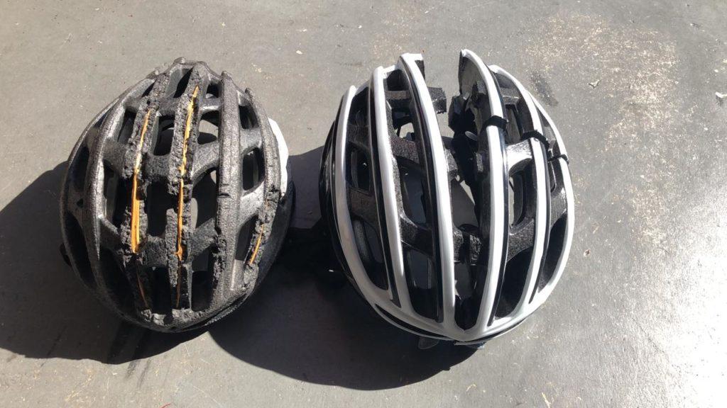 Comparando capacete de ciclismo