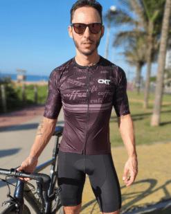 Camisa de ciclismo Café na Trilha, Tecido 100% poliéster com tratamento Xtreme Dry com proteção UV solar fator 50.